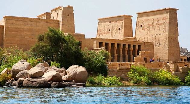 egypt-philae-temple-complex-from-the-lake